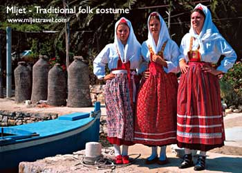 traditional folk costumes on Mljet