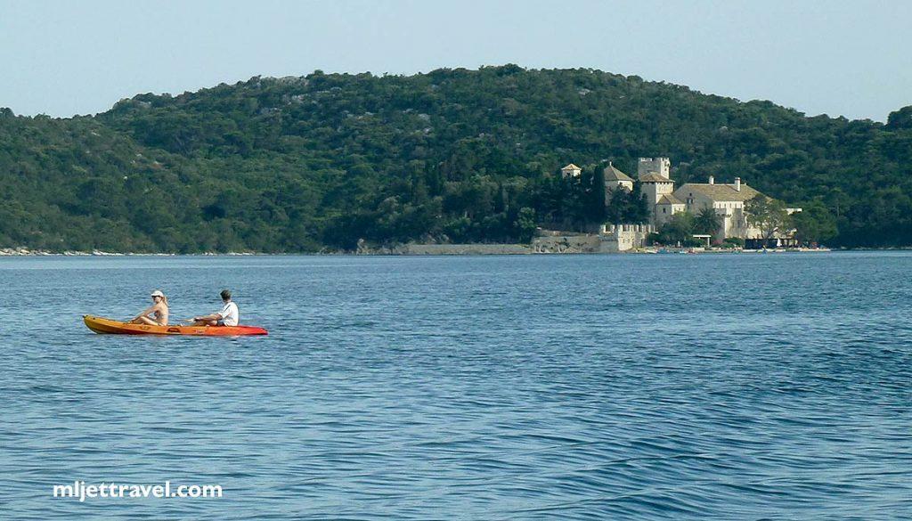 Kayaking to Sveta Matija Islet