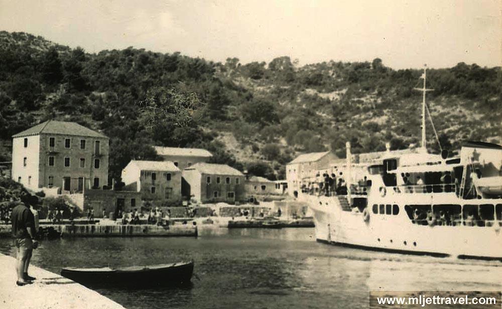 pomena-ferry-takovo1960s1